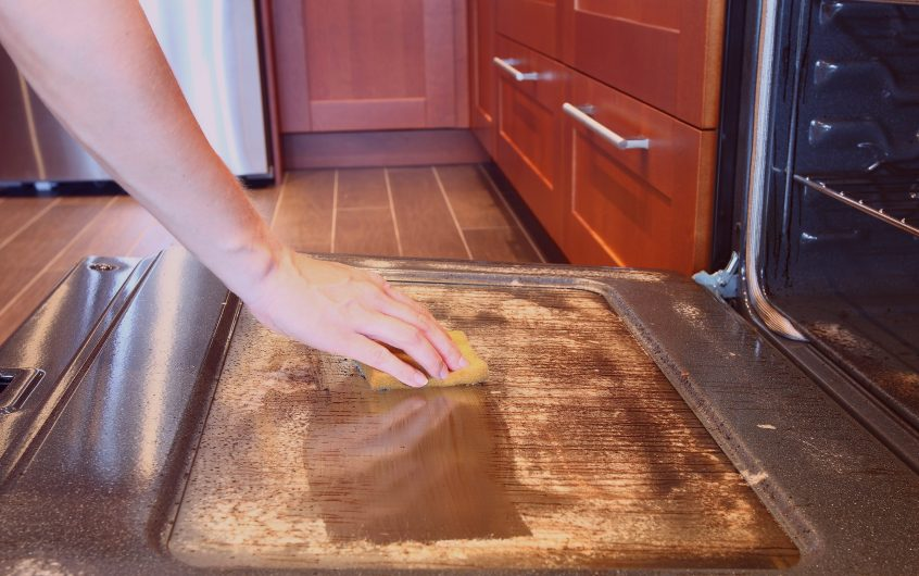 Pointers To Remember While Cleaning The Grease Marks