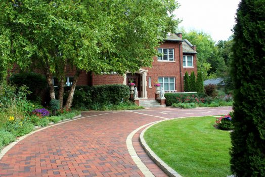 What Should You Consider Before Make The Driveways?