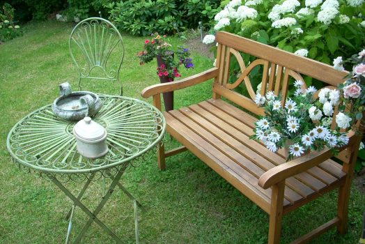Why Teak Wood Is The Preferred Choice Of Furniture Lovers?